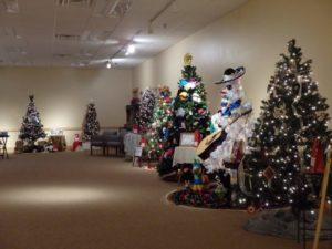 High Plains Christmas & Trees Along the Trail